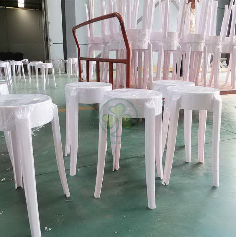 Charles Ghost Stool S 014