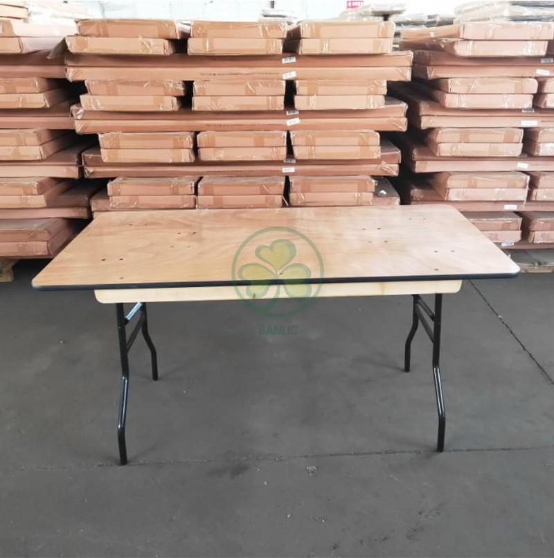Rectangular Folding Table 036
